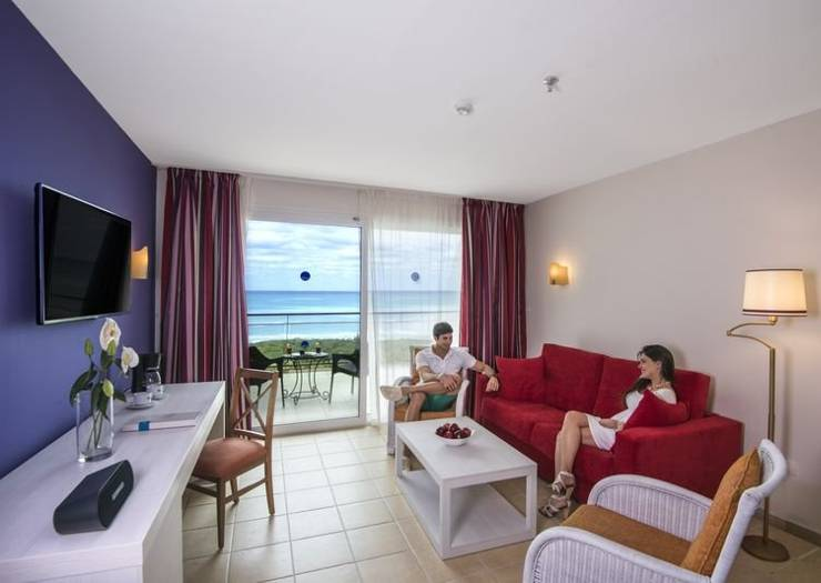 Select suite with front-facing sea views blau varadero hotel cuba