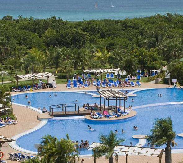 Outdoor pool blau varadero hotel varadero beach
